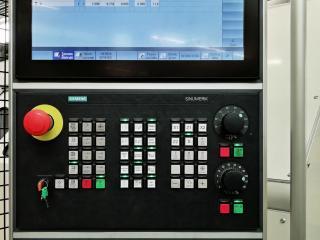 Ovládací panel drebomatu s S840D