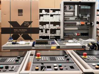 Řídící panely Simatic pro obráběcí stroje 1